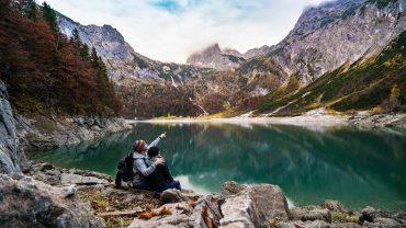 bjerge sø mennesker efterår Foto Pixabay