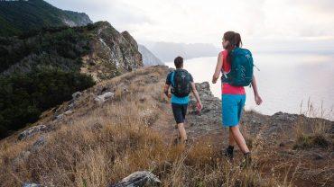 En dagtursrygsæk er uundværlig for enhver, der færdes på vandrestierne. Mange af modellerne findes også i en kvindespecifik udgave. Foto: Osprey