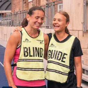 Kamilla og Camille løber sammen en gang om ugen. Foto Move United