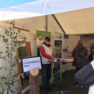 Ole Bertelsen i teltet på Naturmødet 2019. Foto Jette Kruse.