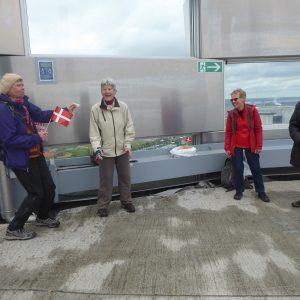 På toppen af Amager Bakke blev fødselsdagen også fejret. Foto Anita Garbers
