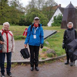 Medlemmer af Københavns Afdeling på Brønshøj Torv. Foto Lis Keiding