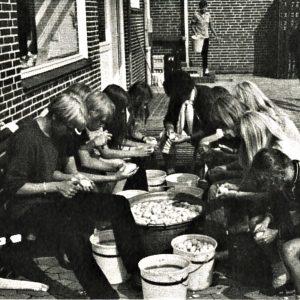 Kartofler til alle. Foto DVL arkiv