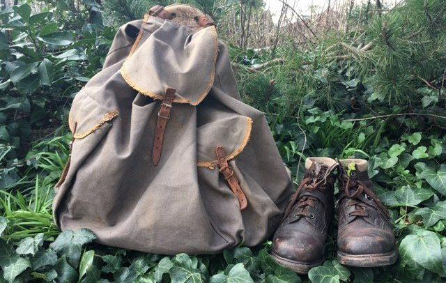 Ritas rygsæk og vandrestøvler. Foto Nina Meta Sørensen