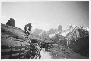 Vandreturen fra Prato Piazza til Cortina d'Ampezzo i Dolomitterne i 1938