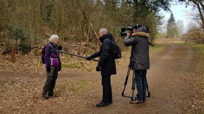 Formand for DVL Viborg, Birthe Ambrosius, interviewes af TV Midtvest. Foto Conny Thomsen